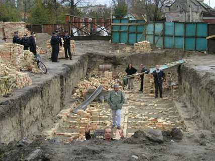 Одбрана Алмашког гробља